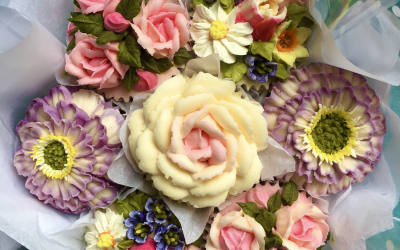 Works of art on a cupcake?